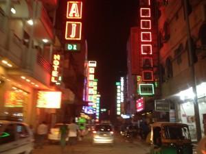 delhi-noche-300x225
