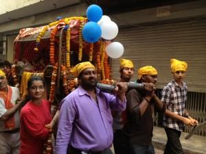 procesion-india-300x225